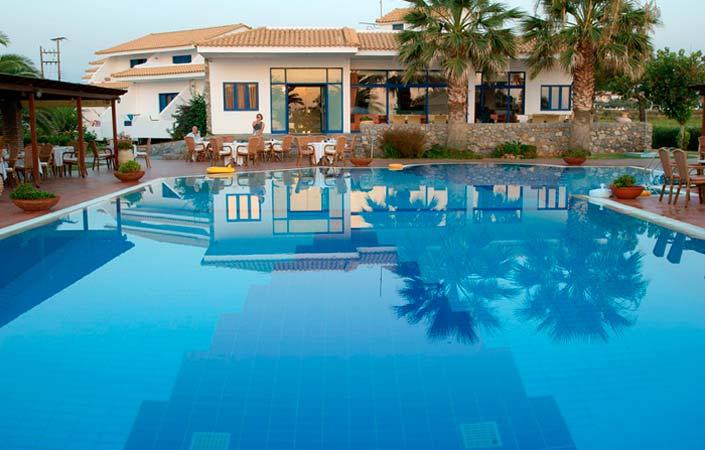 Oasis hotel - Καλό Νερό